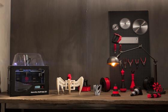 Makerbot_replicator2x_high_2